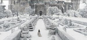 snow-white-and-the-huntsman-still-snowy-castle